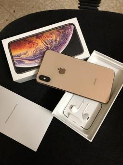 Apple iPhone Xs Max/Galaxy Note 9/Playstation 4 Pro